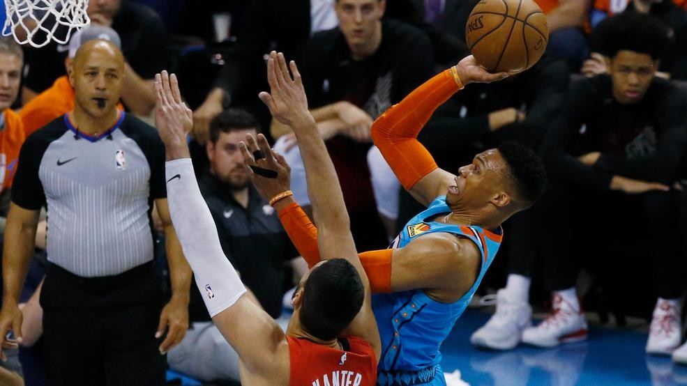 32140d6debe Westbrook leads Thunder past Trail Blazers