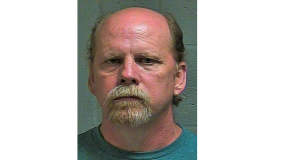 Man arrested after allegedly sending sexual messages to 14